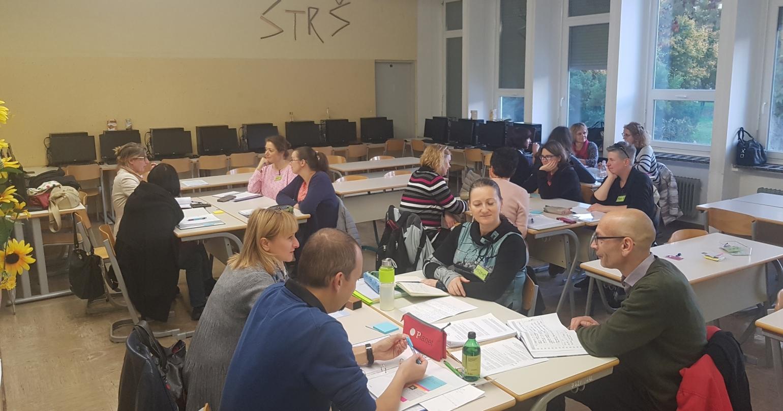 CoRT 1 in 4 – usposabljanje za poučevanje razmišljanja v šolah